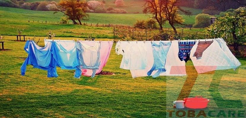 Phơi quần áo dưới anh nắng mặt trời
