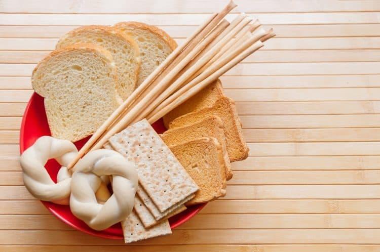 các loại bánh giàu chất bột đường