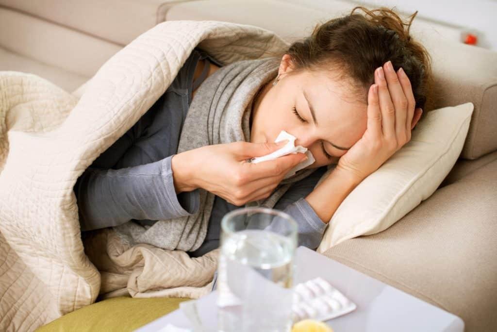 Hiểu về cảm lạnh giúp phân biệt cảm cúm và cảm lạnh