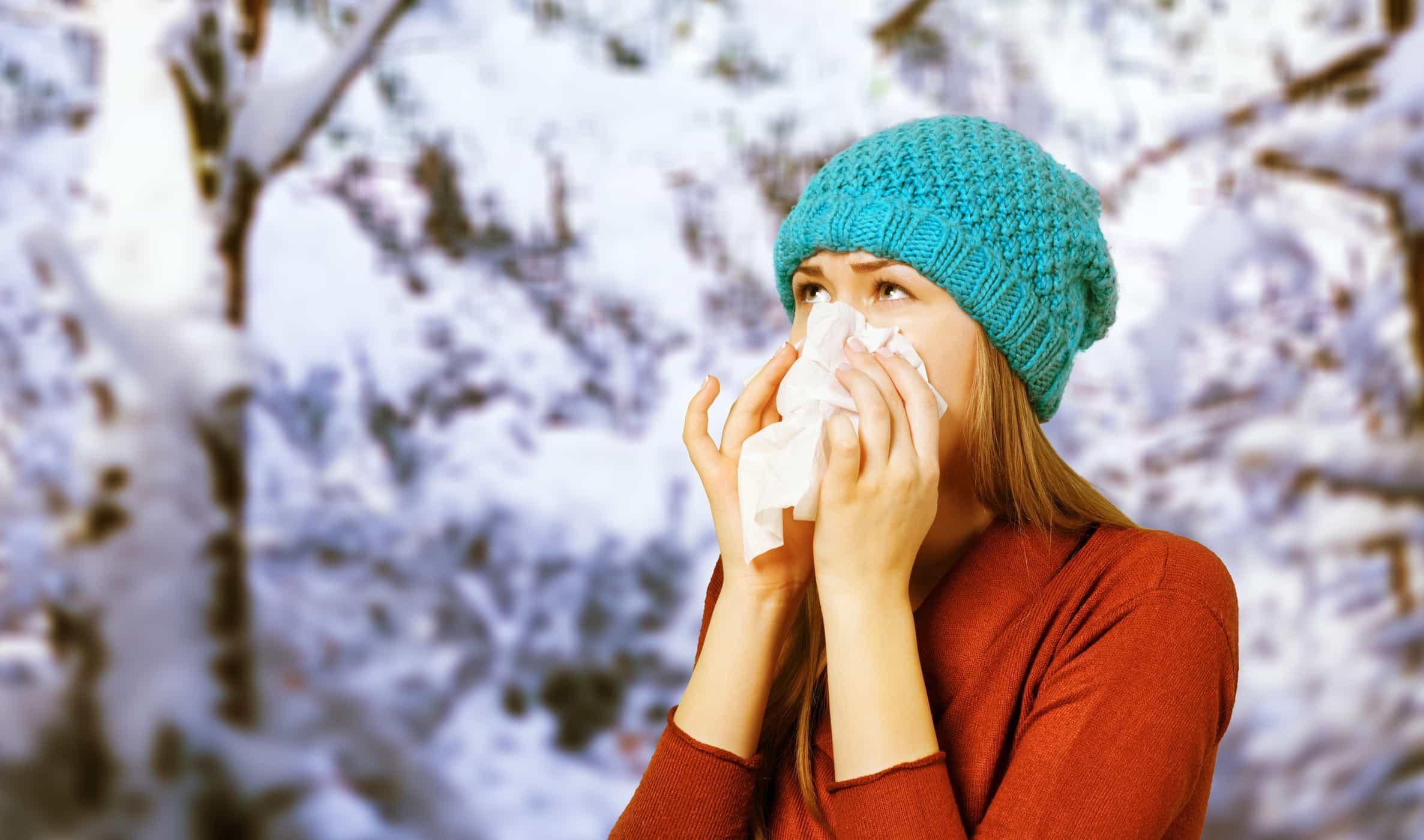 Làm thế nào để phân biệt cảm cúm và cảm lạnh?
