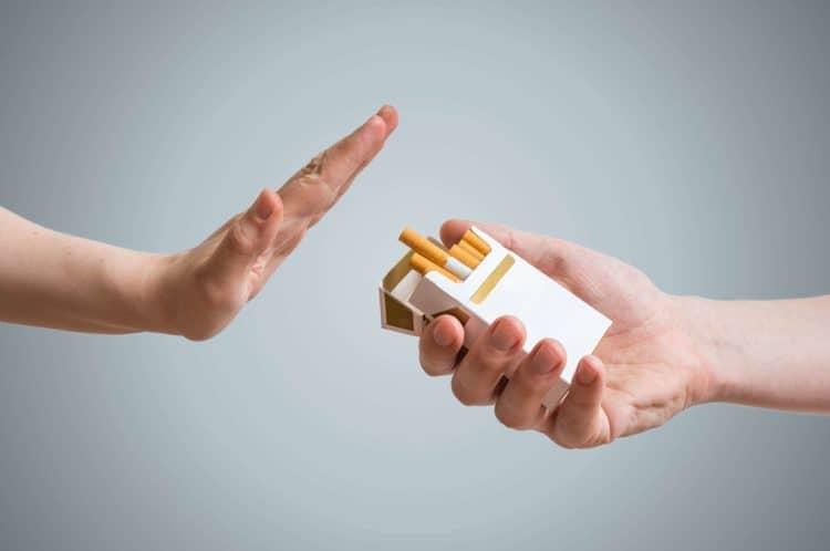 từ chối hút thuốc lá