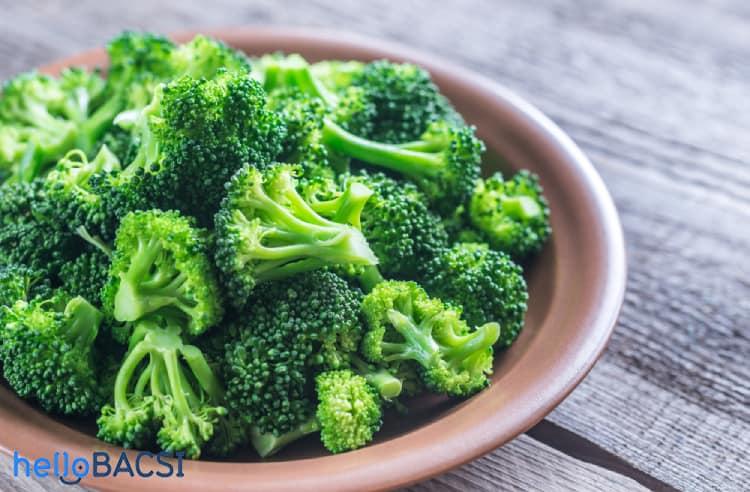 bông cải xanh góp phần gây hôi nách