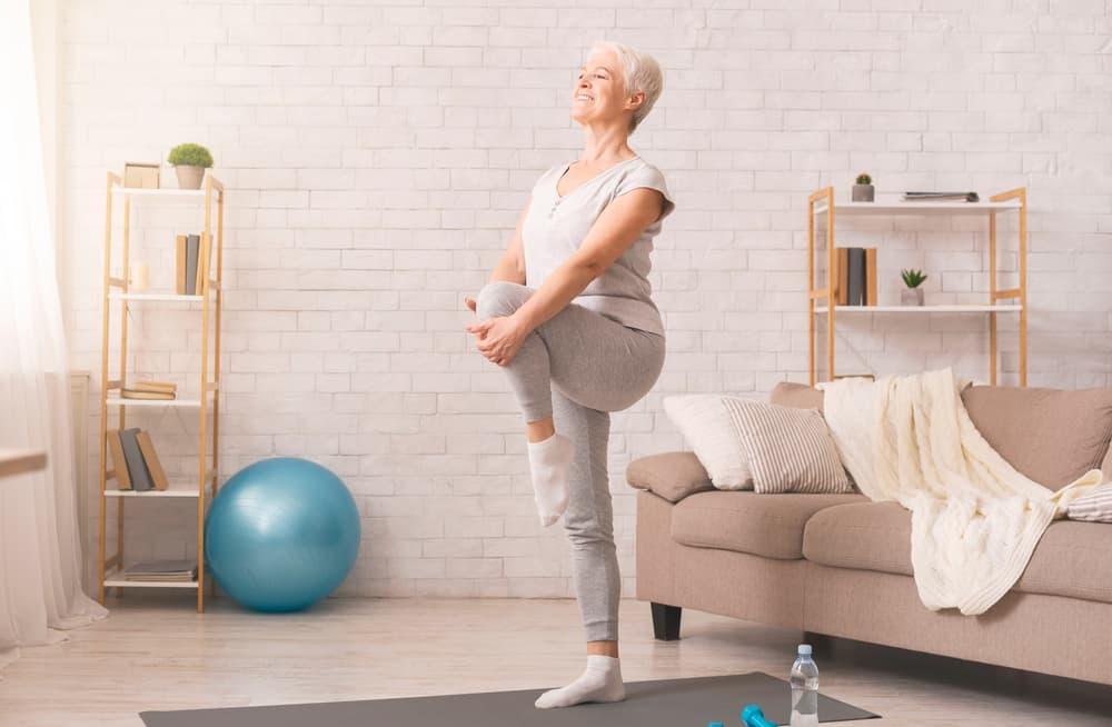 Các bài tập cân bằng có thể cải thiện tình trạng chóng mặt