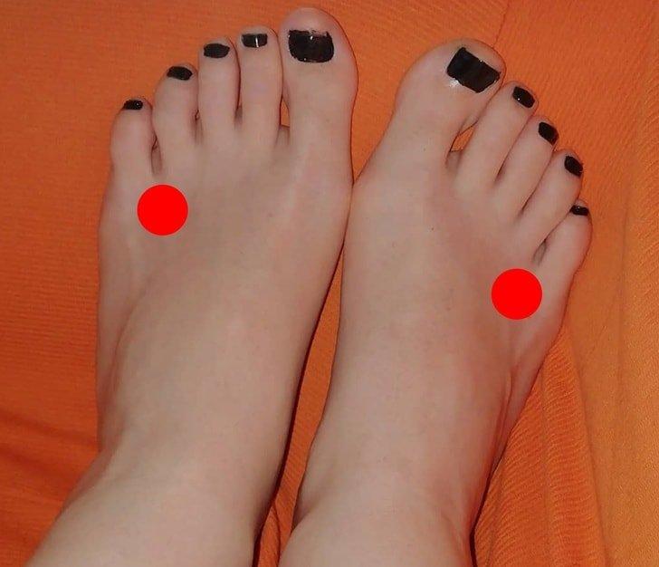 Bấm huyệt bàn chân