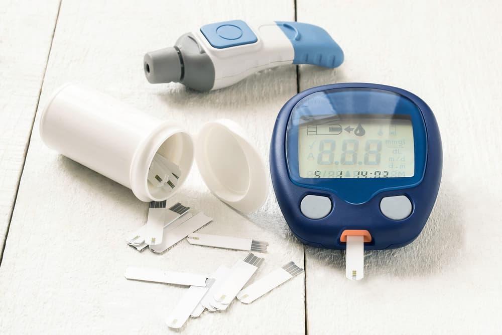 cách thử tiểu đường tại nhà đơn giản