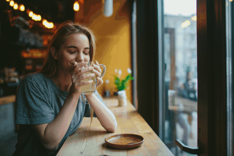 cách trị nghẹt mũi bằng trà gừng
