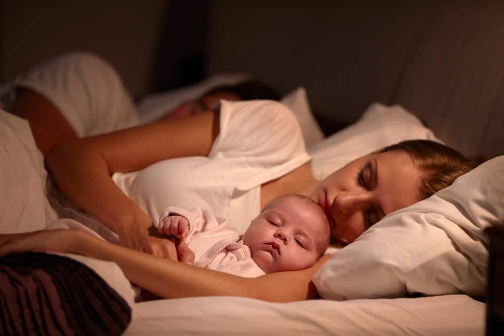 Cách trị rôm sảy ở trẻ sơ sinh để bé không tái đi tái lại nhiều lần