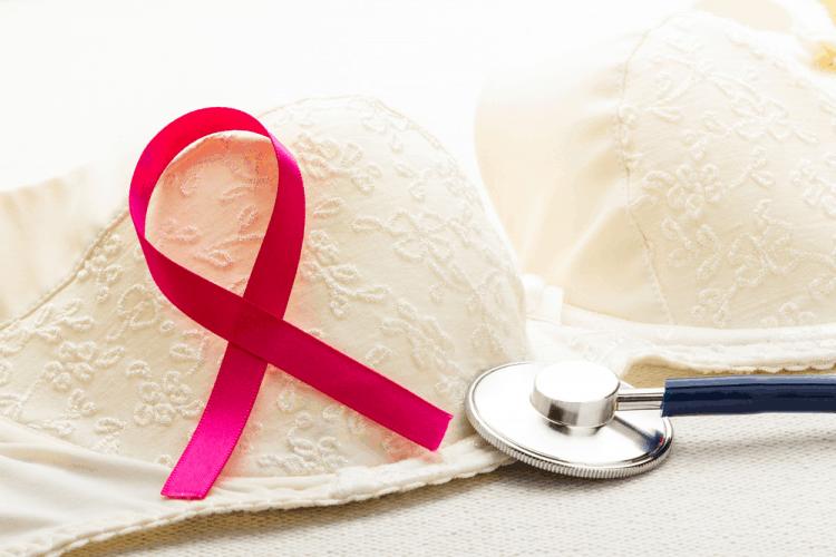 Đối tượng dễ mắc ung thư vú