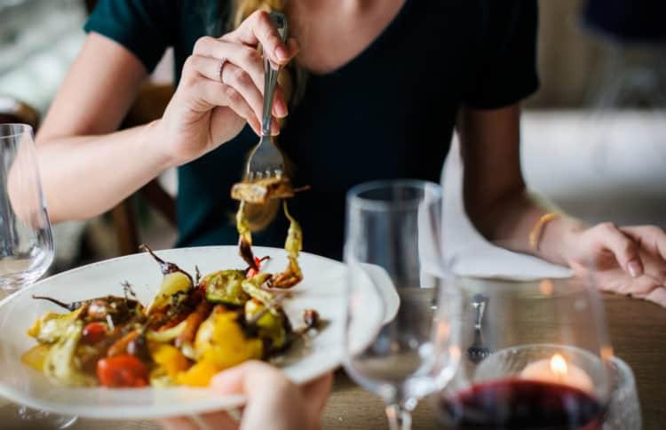 Cách giảm đường huyết cao sau bữa ăn