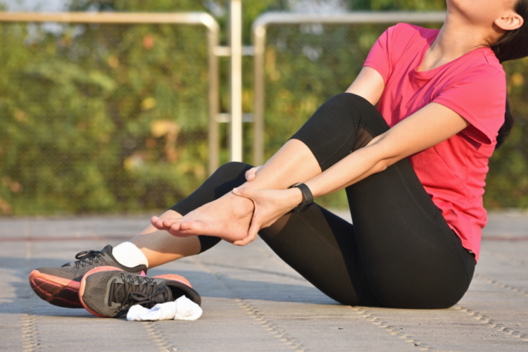 Đôi bàn chân là vị trí dễ bị tổn thương trong bệnh tiểu đường