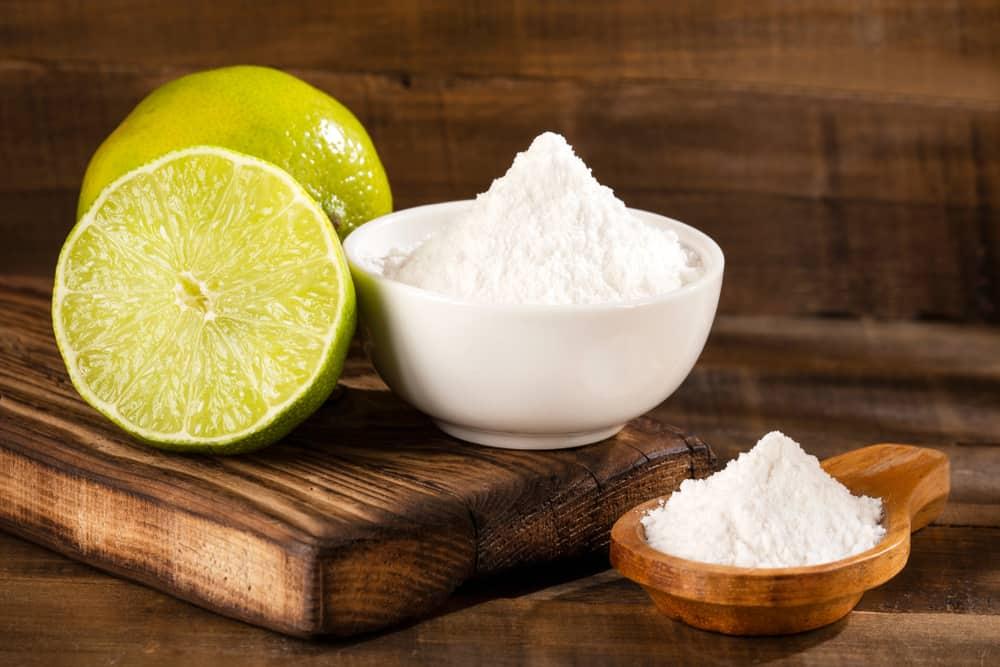 Dùng baking soda tẩy trắng răng tự nhiên