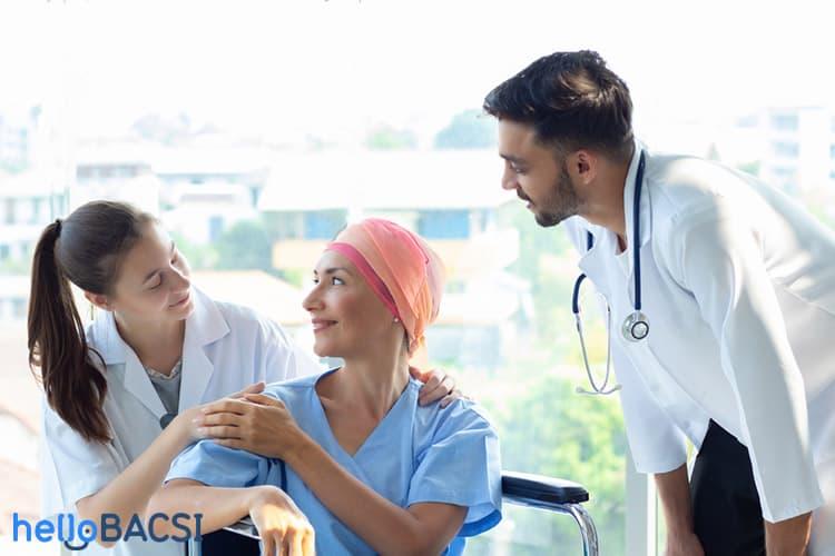 Dấu hiệu người bị ung thư sắp chết: Người thân có thể giúp gì?