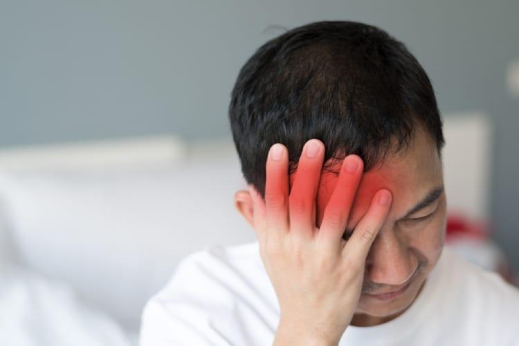 Đau đầu chùm có thể khiến bạn bị đau nửa đầu bên phải
