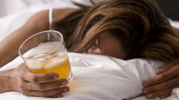 Dư chứng sau say rượu: triệu chứng, nguyên nhân và chữa trị