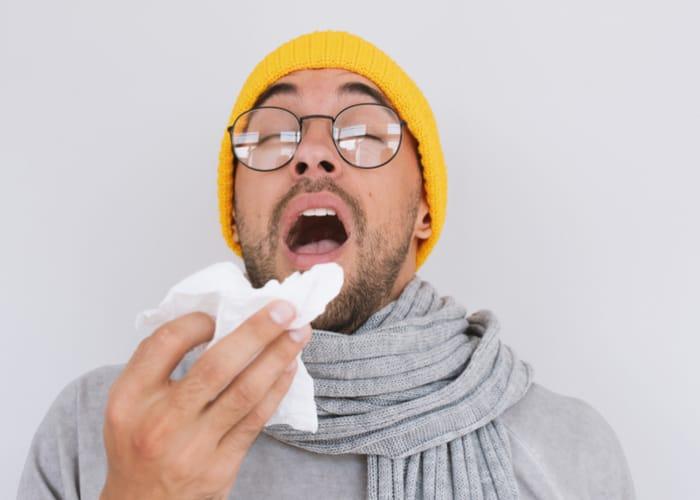 Cảm cúm lây qua những đường nào?