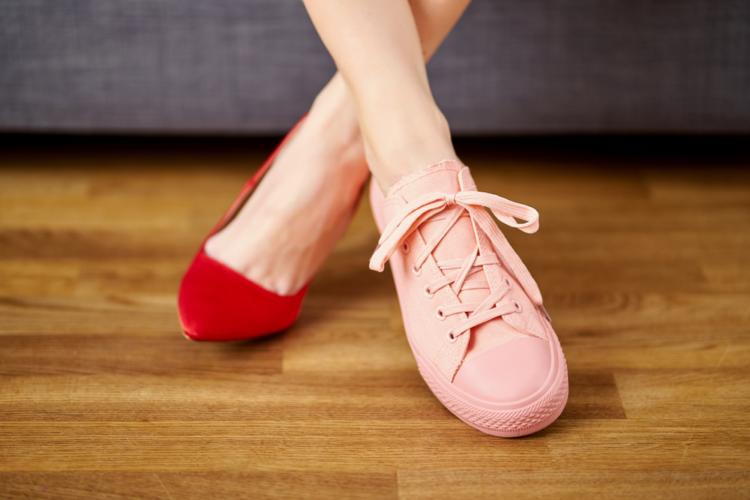 cách trị hôi chân với việc chọn giày phù hợp