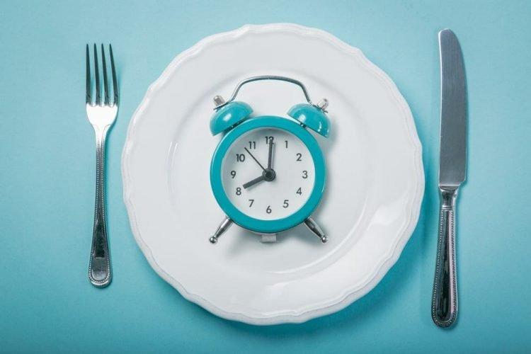 Nhịn ăn gián đoạn giúp tăng hormone tăng trưởng