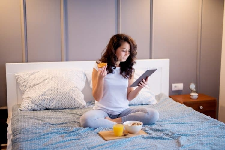 Tránh ăn trước khi ngủ để tăng hormone tăng trưởng