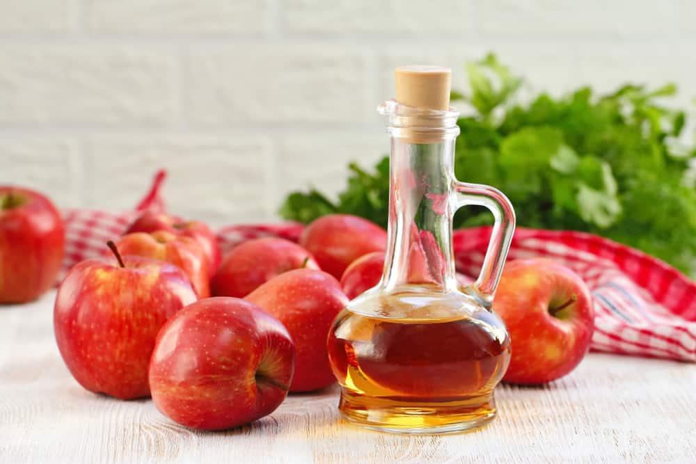 Giấm táo giúp tẩy trắng răng tự nhiên