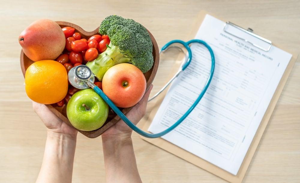 Người bệnh tim nên ăn trái cây gì để duy trì sức khỏe tim mạch?