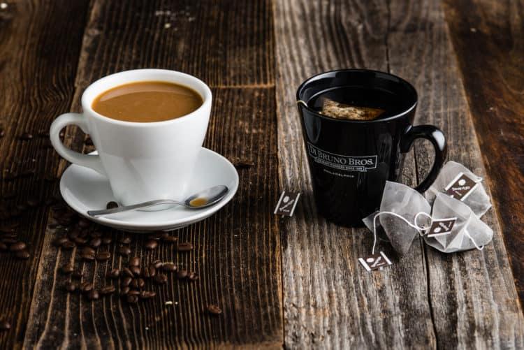 ly cà phê và trà