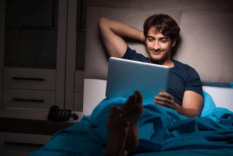 tác hại của phim sex khiến bạn thấy cô đơn