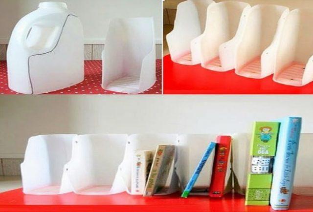 làm giá sách từ chai nhựa