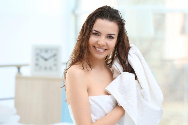 Tắm sáng có tốt không? Lợi ích của tắm buổi sáng giúp giảm mệt mỏi