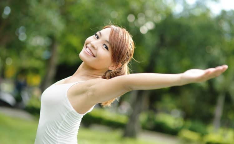 10 cách tự nhiên giúp bạn tăng cường hệ miễn dịch