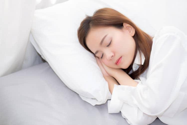 Ngủ đủ giấc và kiểm soát căng thẳng