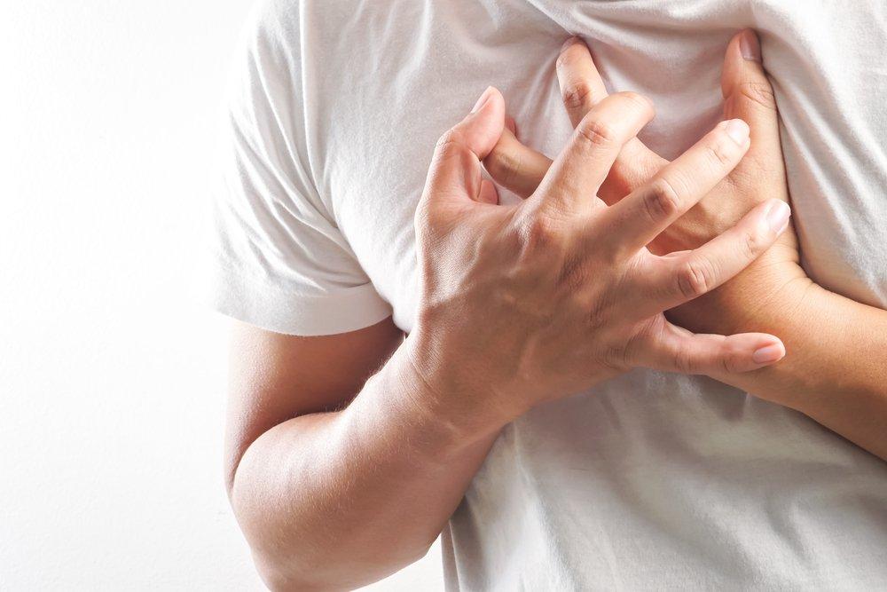 hoạt động thể lực quá sức khiến bạn bị nhói tim