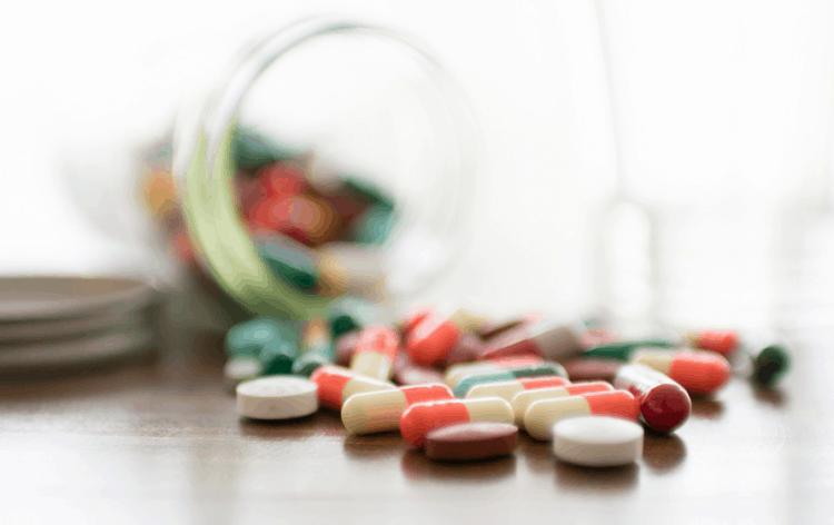 3 loại thuốc điều trị huyết áp thấp bạn nên cẩn trọng khi dùng
