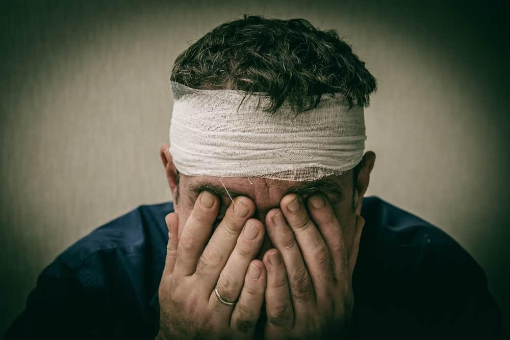 Tiền sử chấn thương đầu có thể là nguyên nhân gây chóng mặt