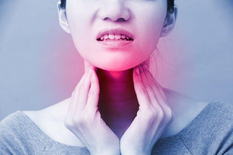 triệu chứng ung thư vòm họng