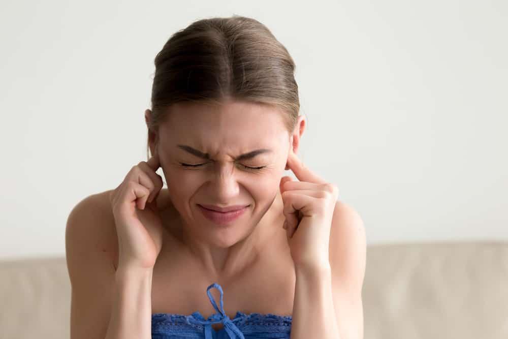 Ù tai do rối loạn tiền đình