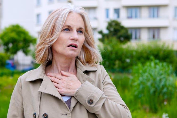 Khó thở là triệu chứng u trung thất