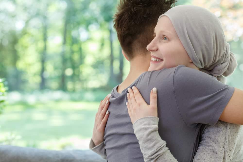 Ung thư phổi giai đoạn cuối: Triệu chứng, tiên lượng, điều trị và chăm sóc