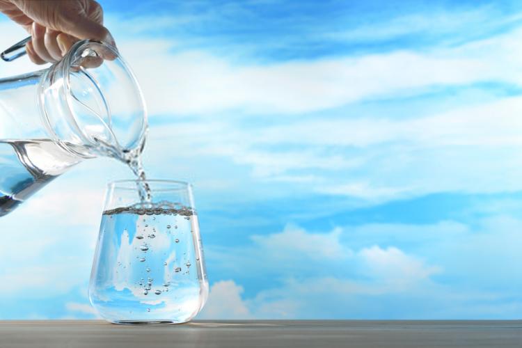 uống nước vào buổi sáng giúp thải độc cơ thể