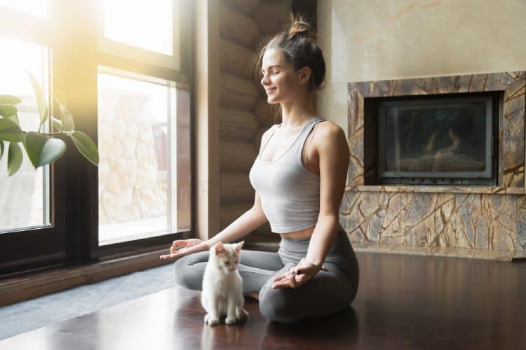 yoga giúp phòng ngừa và kiểm soát đau nửa đầu